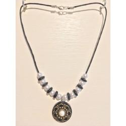 Collier liège noir avec perle